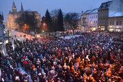 Od prvých protestov po vražde Jána Kuciaka a Martiny Kušnírovej uplynul rok a pol.