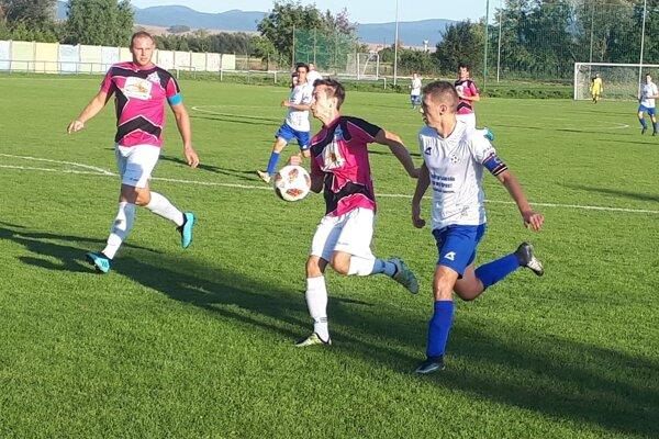 Krušovce na domácom ihrisku nestačili na Solčany a prehrali 0:2.