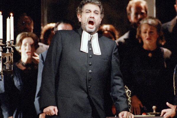 Španielsky operný spevák Plácido Domingo na snímke z roku 1993.
