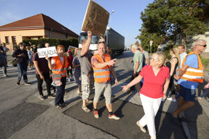 Z protestného zhromaždenia pred rokom v Modranke.