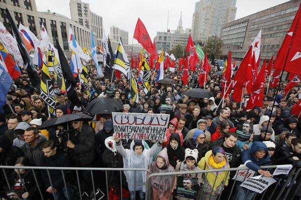 Protestu sa zúčastnilo 20-tisíc ľudí.