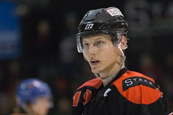 Peter Kopecký hviezdi v novozélandskej hokejovej lige.