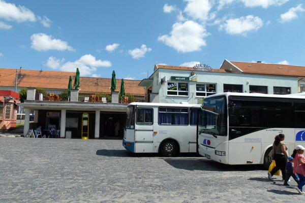 Šahy a Budapešť majú priamy autobusový spoj.