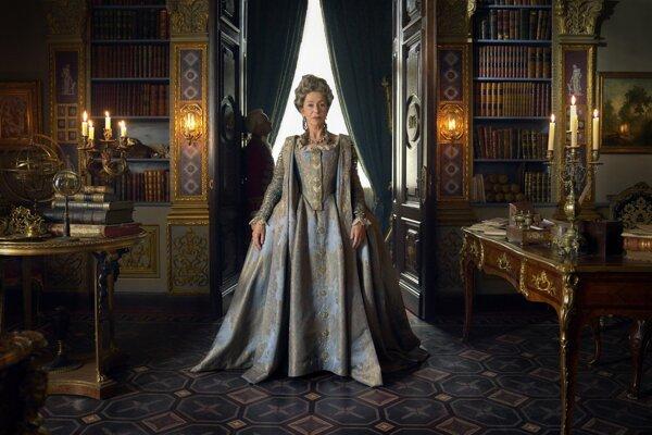 Helen Mirren ako ruská imperátorka Katarína Veľká v seriáli HBO
