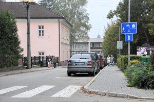 V Tepliciach sa pripravujú na zavedenie parkovacieho systému.