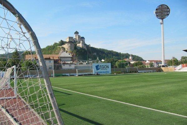 Poslanci schválili zmluvu medzi mestom a klubom AS Trenčín.