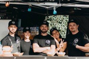 Tím burgrárne Coolňa Street Food zo Senice sa stal po druhýkrát víťazom.
