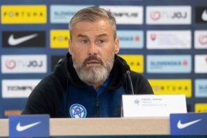Tréner slovenskej futbalovej reprezentácie Pavel Hapal.