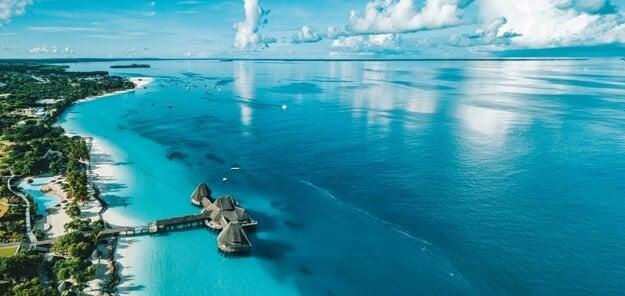 Pláže na Zanzibare ovplyvňuje výrazný príliv a odliv