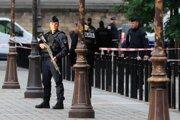 Polícia vykonala razie v troch lokalitách na severných predmestiach Paríža.