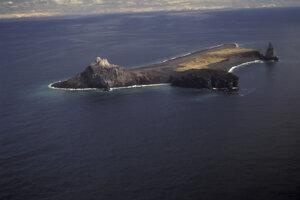 Ostrov Bogoslof v roku 1994.