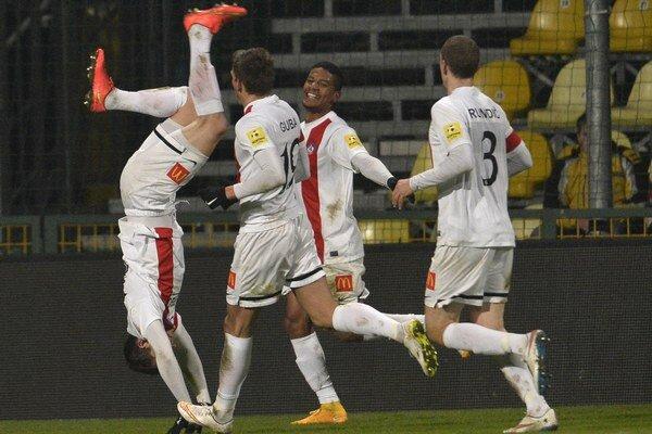 Takto sa z gólu radoval Jakub Holúbek.