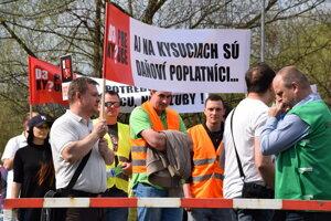 Ilustračná fotografia z protestu za výstavbu diaľnice D3 na Kysuciach.