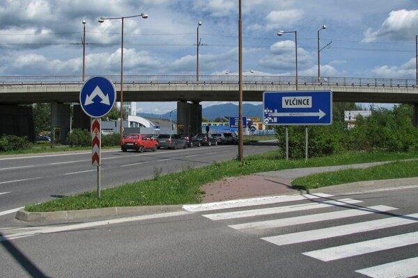 Na Košickej už opäť svietia semafory.