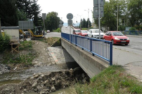 Vďaka eurofondom opravia aj frekventovaný most ponad rieku Handlovka v Prievidzi.