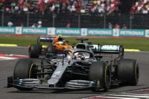 Lewis Hamilton počas Veľkej ceny Mexika 2019.