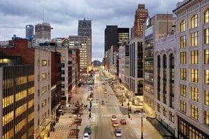 Centrum Detroitu je vynovené, plné elegantných reštaurácii, hotelov, nových cyklochodníkov a revitalizovaných parkov.