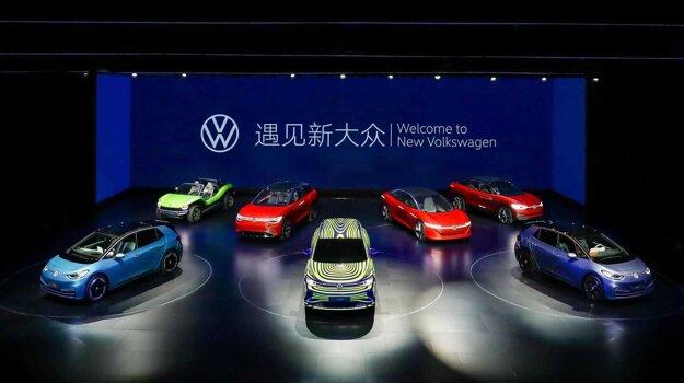 Čínska premiéra Volkswagenu ID.3, v pozadí elektrické koncepty a v strede chystaný model ID.4.