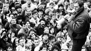 Ako Milan Kňažko našiel Buchtu z novembra 1989 (video)