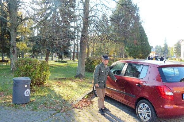 Stanislav Foldyna, hoci mal predplatenú parkovaciu kartu, na Moskovskej veľakrát nezaparkoval.