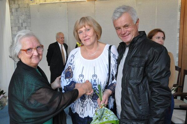 Autorka Beáta Kabíčková – Vinceová (vľavo).