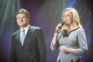 Minister zahraničných vecí a európskych záležitostí SR Miroslav Lajčák a ministerka vnútra SR Denisa Saková.
