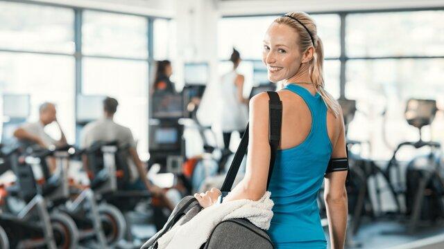 Športová karta do fitnesscentra, na plaváreň či na tenis je medzi zamestnaneckými výhodami pomerne častá.