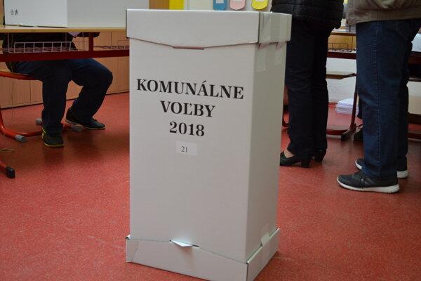 Špecializovaný trestný súd rieši volebnú korupciu z vlaňajších komunálnych volieb v Medzilaborciach.