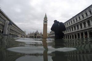 Zatopené námestie Svätého Marca v Benátkach.