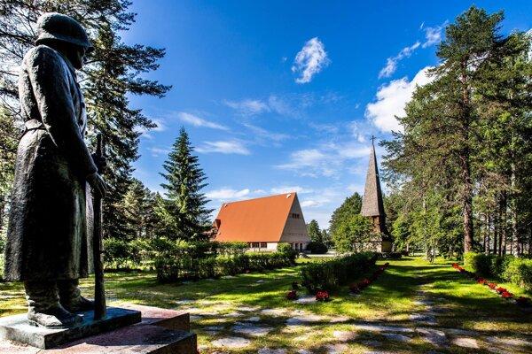 Kostol v Puolanke.
