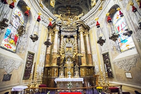 Obraz Panny Márie Trnavskej v Bazilike svätého Mikuláša.