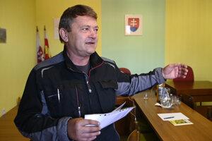Predseda TJ Slovan Podhradie Milan Dudáš.