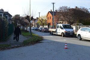 Značenie parkovacích miest na Rumanovej ulici.