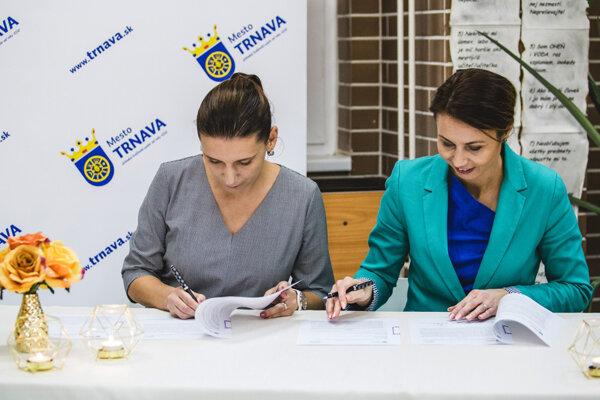 Podpísali memorandum o spolupráci.