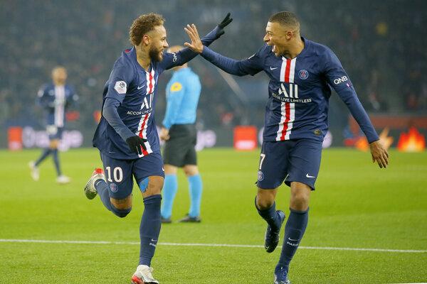 Kylian Mbappé (vpravo) a Neymar.