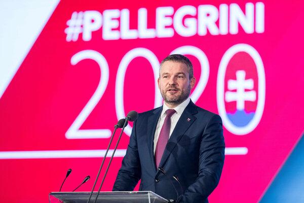 Slávnostný snem vedie Peter Pellegrini.