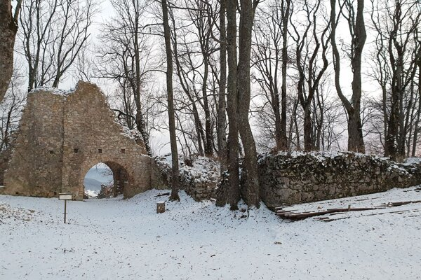 Hlavný palác na Muránskom hrade.