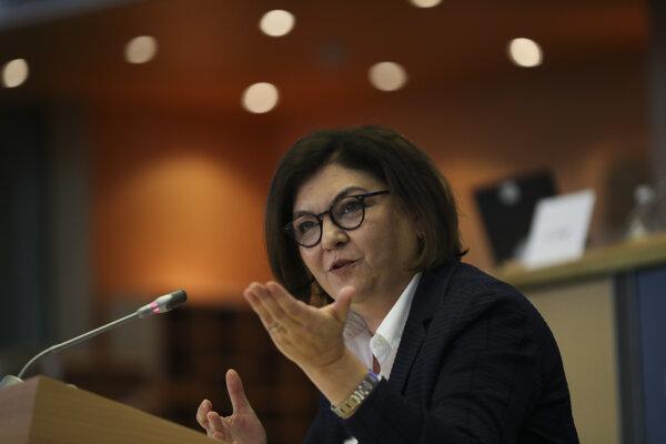 Eurokomisárka pre dopravu Adina Valeanová.