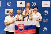 Zľava: tréner Michal Rusnák, Dominik Benedikovič, Ingrid Marková, trénerka Ingrid Marková.