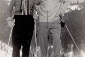 Pani Anka s manželom boli nadšenci lyžovania. Prvé lyže mala od brata a vôbec jej nevadilo, že každá bola iná.
