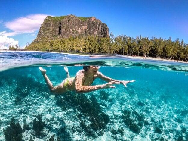 Priezračná voda v oceáne