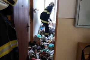 Požiar bytu v Pravenci.