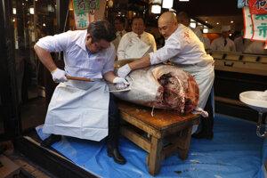 Rybí trh v Japonsku.