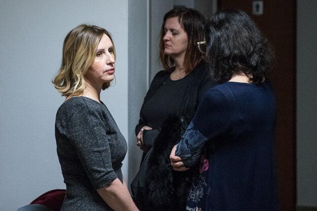 Pracovníčka Kriminalistického a expertízneho ústavu Andrea Jabconová na súde.