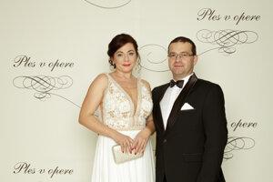 Jozef Janiga, riaditeľ Horskej záchrannej služby s manželkou Ingrid
