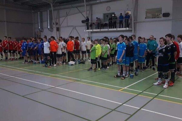Slávnostné zahájenie turnaja v Diakovej.