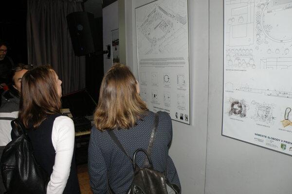 Návrhy mladých architektov si záujemcovia môžu pozrieť na výstave.