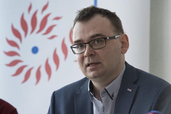 Peter Jašek z Ústavu pamäti národa.