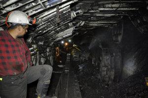 Dotovanie elektriny z hnedého uhlia má o tri roky na Hornej Nitre skončiť.