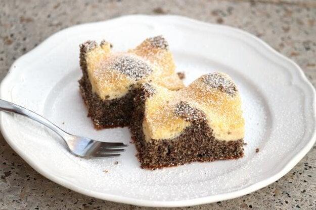 Mriežkový makovo - tvarohový koláč